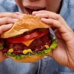 """Paty venderá en Argentina su hamburguesa """"4.0"""", hecha con inteligencia artificial y 100% vegetal"""